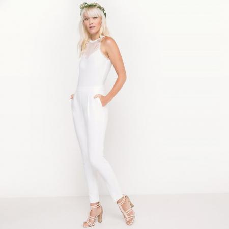 Witte jumpsuit met kanten afwerking