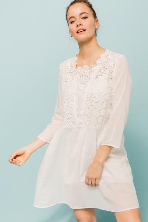 Witte katoenen jurk met broderie anglaise