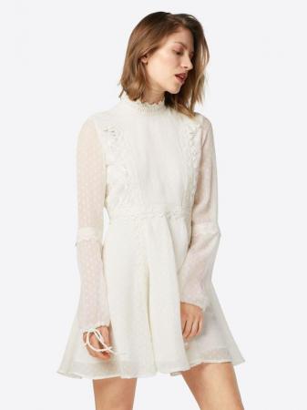 Losse jurk in ecru met opstaande kraag