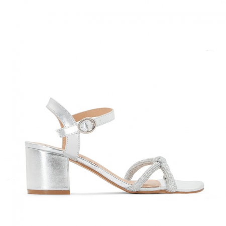 Sandales à brides argentées