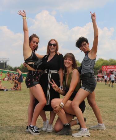 Chiara (19), Imani (19), Cynthia (18) en Ana (19)