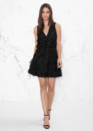 Petite robe noire à franges