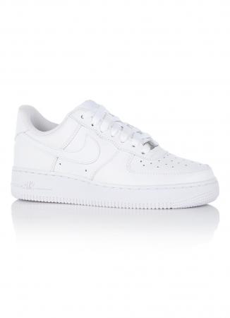 4. Sneaker game