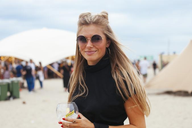 Elise (23)
