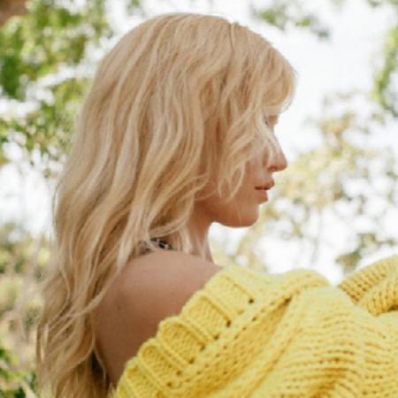 Blond met een gele ondertoon