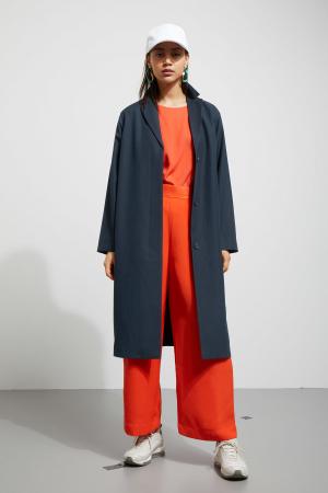Marineblauwe mantel