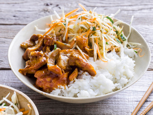 Donderdag: pulled chicken met rijst en spitskoolsla