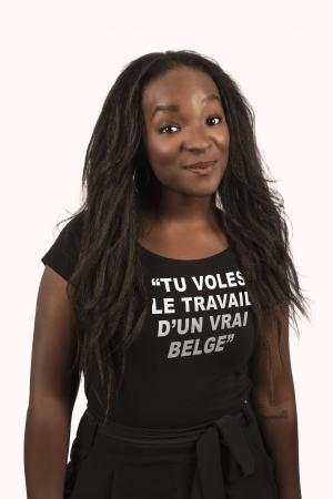Cécile, 29 ans, humoriste et présentatrice télé