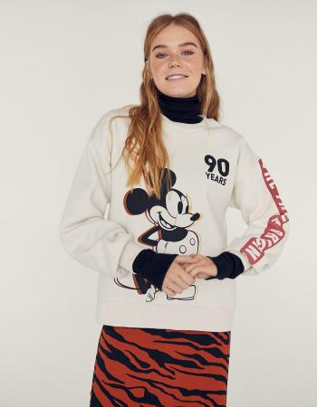 Mickey Mouse x Stradivarius
