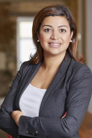 Loubna, 37 ans, coordinatrice de la plateforme Women In Tech et fondatrice du Women Code Festival