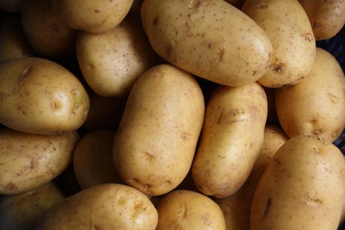 Rauwe aardappel en andere knolgroenten