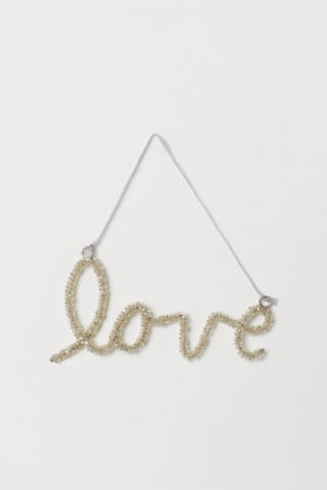 'Love'-hanger in kralen