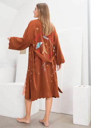Kimono en soie à broderies