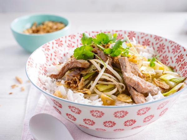 Donderdag: wok met prei, varkensreepjes en sojascheuten