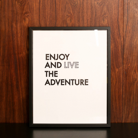 Poster 'Enjoy and live the adventure'