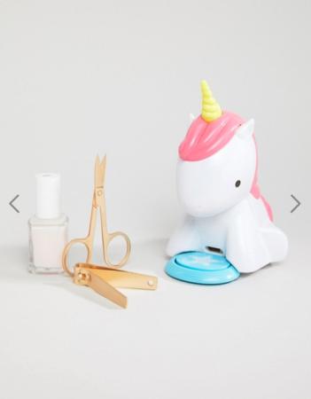 Unicorn die je nagels droog blaast