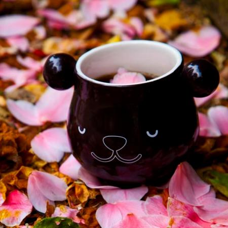 Un mug panda thermoréactif