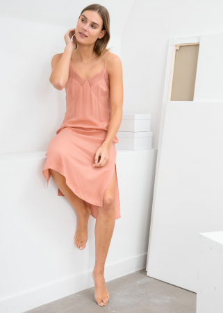 Oudroze slip dress