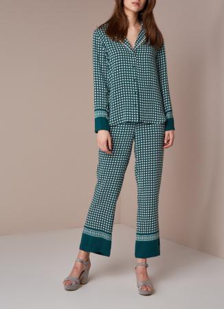 Smaragdgroene pyjama met grafisch dessin