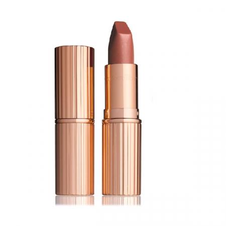 Matte Revolution Lipstick in de kleur 'Very Victoria' van Charlotte Tilbury