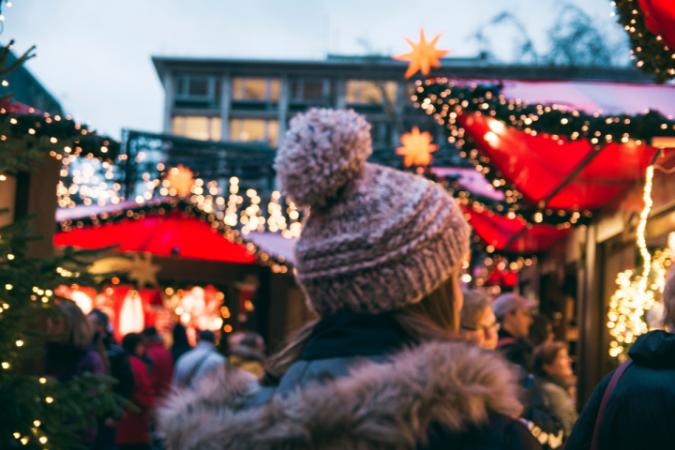 Un marché de Noël – PARTOUT
