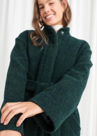 Veste verte ceinturée en laine