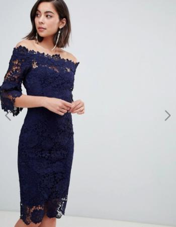 Nachtblauwe midi-jurk met 3/4 mouwen in kant