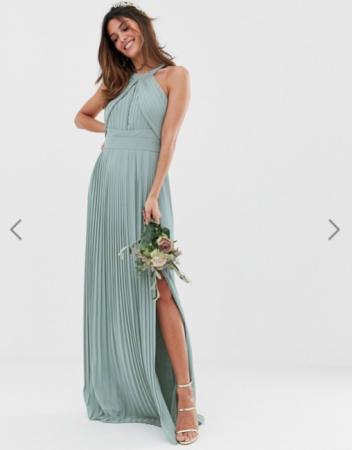 Saliegroene maxi-jurk met haltertop