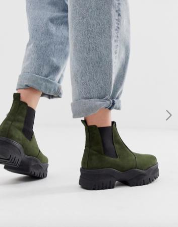 Kaki Chelsea boots met plateauzool