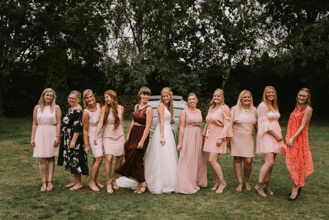De bruidsmeisjes