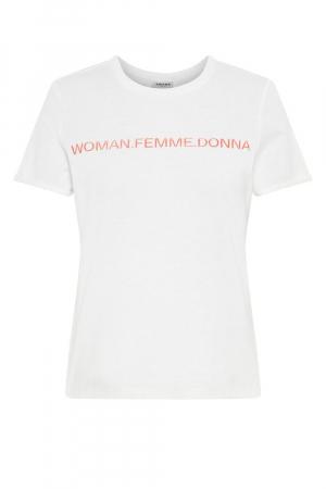 Woman. Femme. Donna.