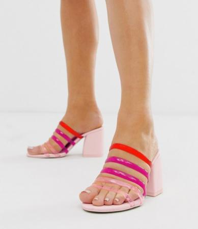 Roze sandalen met blokhak en kleurrijke bandjes