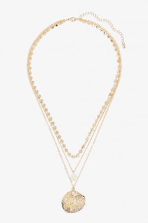 Driedubbele halsketting met schelp en nepparels
