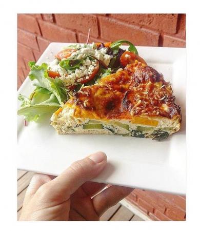 3. Courgettetaart met salade