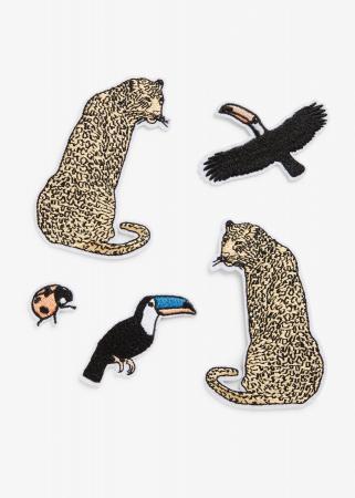 Patches van luipaarden en toekans