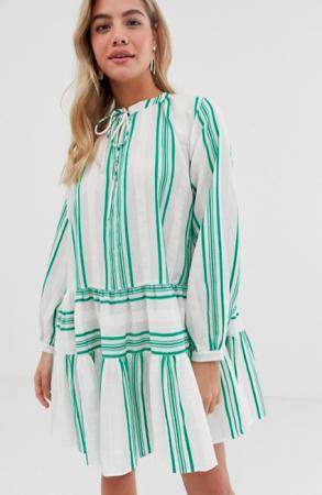 Witte kaftan met groene strepen