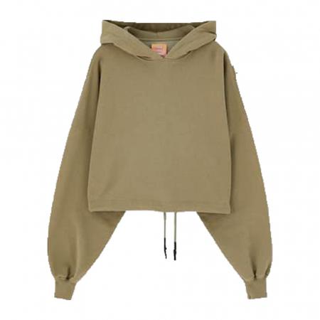 Sweater Sadie Sink