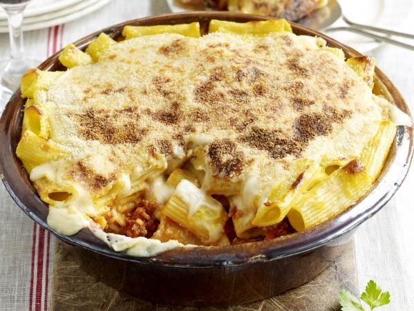Macaroni-gehaktschotel