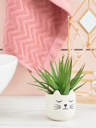 Witte bloempot met kattengezichtje