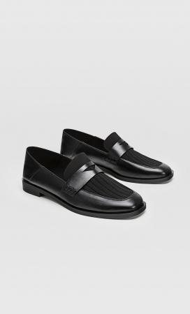 Loafers met detail in zwart stof