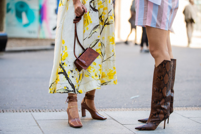 Schoenen met een vierkante hak