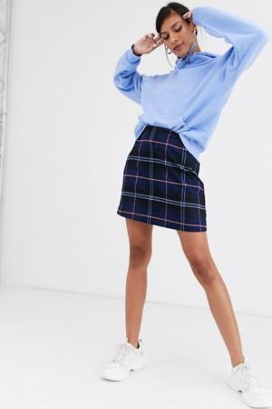 Donkerblauwe rok met ruitjesprint