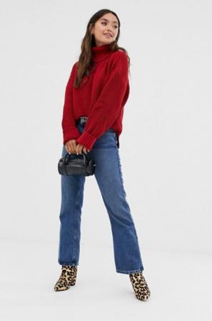 Donkerrode trui met rolkraag