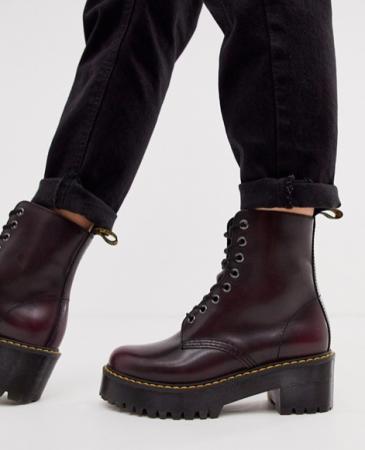 De combat boots