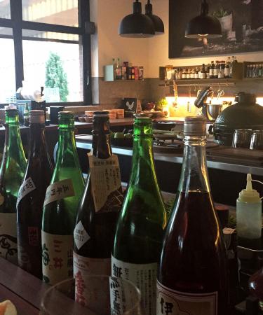 A perfect night: Selected stelde hun collectie met Sieg De Doncker voor bij een lekker Aziatisch menu en een glaasje sake.