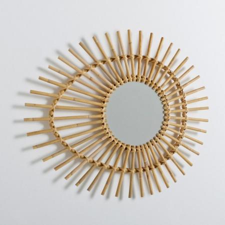 Oogvormige spiegel in rotan
