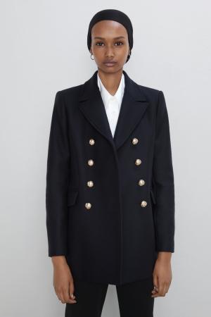 Manteau court à boutons