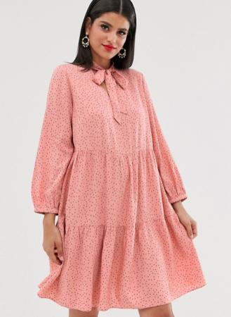 Zalmroze mini-jurk met stippenmotief en strikkraag