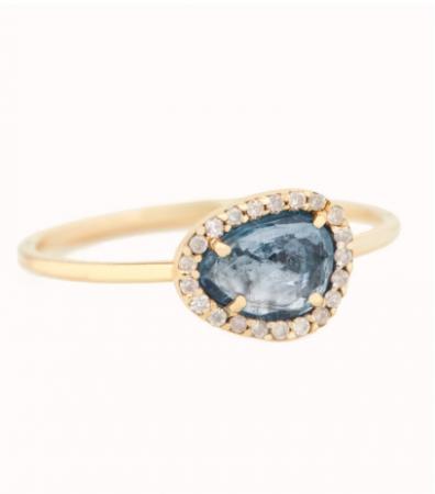 Gouden ring van 14 karaat met een toermalijn omringd door diamanten