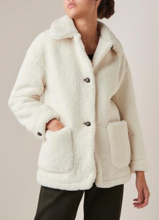Une veste teddy
